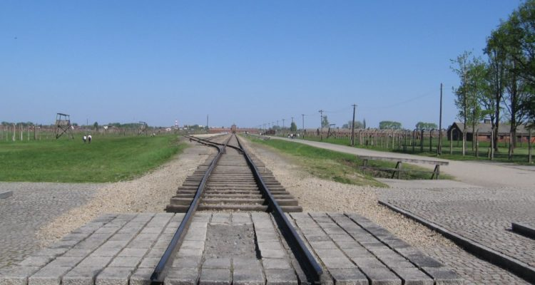 railroad tracks end at Auschwitz