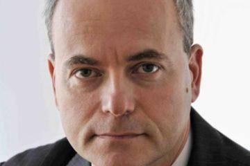 close up of Ari Schechter