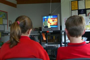 kids at school watching BTN