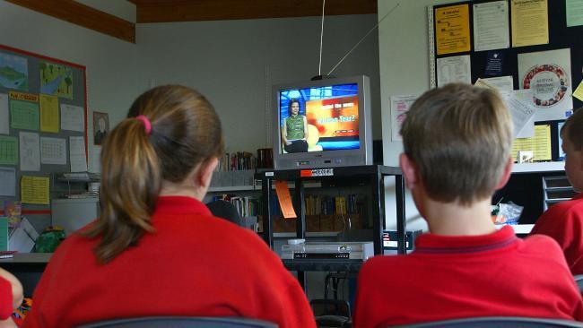 kids at school watching BTN