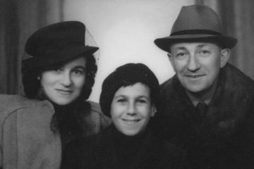 photo portrait of the family